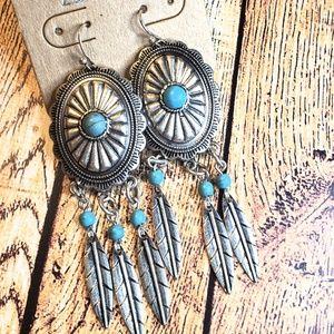 Silvertone concho dreamcatcher western earrings